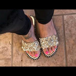 Shoes - Cute Rhinestone Sandals